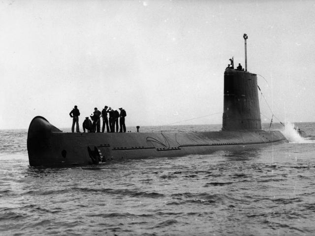sous-marin-visuel-ancien.jpg
